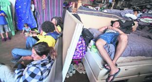 Taller mecánico da refugio a migrantes, en Metepec. Noticias en tiempo real