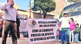Policías denuncian extorsiones de altos mandos, en Toluca. Noticias en tiempo real