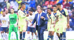 Miguel Herrera nunca ha perdido con Pumas al mando del América . Noticias en tiempo real