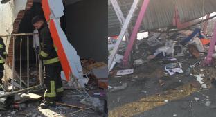 Camioneta se estampa en Metro Potrero y destroza la entrada, en CDMX. Noticias en tiempo real