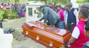 Despiden con flores y globos a Camila, en Valle de Chalco. Noticias en tiempo real