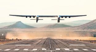 El avión más grande del mundo da su primer paseo, en Estados Unidos . Noticias en tiempo real