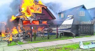 Avioneta cae sobre una casa y mueren seis personas. Noticias en tiempo real