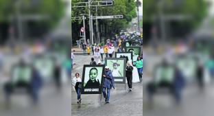 Marchan por los niños que murieron el 5 de junio de 2009 en la Guardería ABC, en Sonora. Noticias en tiempo real
