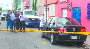 Federales sorprenden a malandros en asalto y casi le vuelan el pie a uno, en Iztapalapa. Noticias en tiempo real