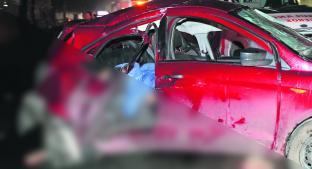 Imprudentes chocan con auto mientras echaban trago y se dan a la fuga, en Edomex. Noticias en tiempo real