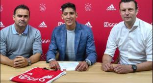 Presentan a Edson Álvarez con el Ajax; usará el 4. Noticias en tiempo real