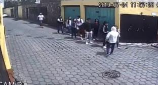 Ladrones acorralan a grupo de estudiantes y los asaltan, en Coyoacán. Noticias en tiempo real