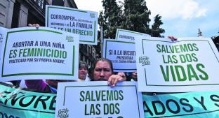 Integrantes del Frente Nacional por la familia marchan en contra del aborto en Edomex . Noticias en tiempo real