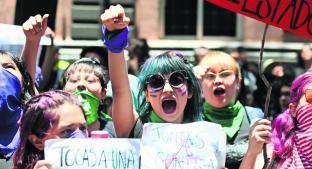 Investigan presunta participación de militantes del PRD en marcha feminista . Noticias en tiempo real