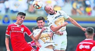 Pumas busca ganar los tres puntos en Ciudad universitaria frente al Toluca. Noticias en tiempo real