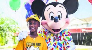 Niño donó todo su dinero para damnificados de 'Dorian' y Disney lo recompensa . Noticias en tiempo real