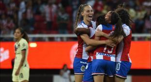 Chivas tiene festín de goles ante América en la Liga MX Femenil. Noticias en tiempo real