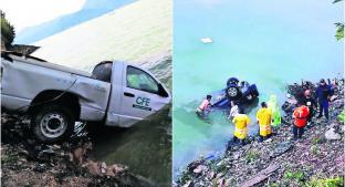 Empleado de CFE muere al caer con todo y troca a una presa, en Valle de Bravo . Noticias en tiempo real
