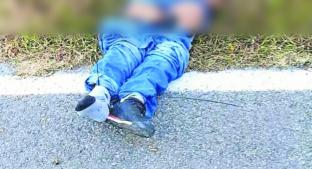 Cadáver de hombre acribillado y con la cabeza encintada es hallado en vialidad del Edomex. Noticias en tiempo real