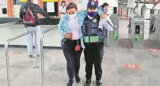 Mujer apuñalada en el Metro Plaza Aragón-Olímpica fue por riña, no por asalto. Noticias en tiempo real