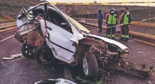 Por exceso de velocidad, conductor queda prensado y muere sobre la Chamapa-Lechería. Noticias en tiempo real
