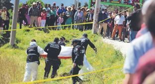 Arrastran cadáver de una joven y lo dejan en cultivos en Edomex, fue abusada sexualmente. Noticias en tiempo real