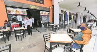 Restauranteros en el Edomex denuncian extorsiones de falsos verificadores y exempleados