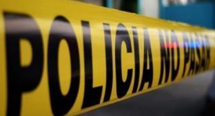 Motosicarios acribillan a un hombre cuando platicaba con otro sujeto en Morelos