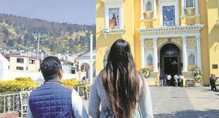 Arzobispo de Toluca advierte castigos para mayordomos que alienten fiestas para la Virgen. Noticias en tiempo real