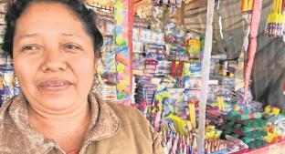 Coheteros de Morelos reportan bajas ventas de pirotecnia, temen perder su inversión. Noticias en tiempo real