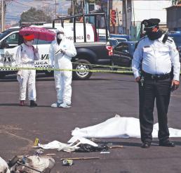 """Muere atropellada """"La Botitas"""", abuelita que iba a vender chácharas a mercado en Edomex"""