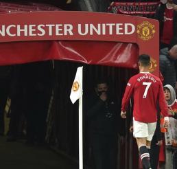 Liverpool aplasta al Manchester United con Cristiano Ronaldo presente