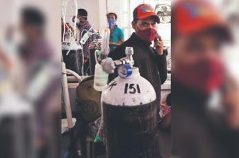 Mueren 22 pacientes con Covid tras cortarse el suministro de oxígeno, en hospital de India