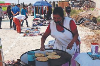 El Tianguis Tradicional Indígena con el que se busca reactivar la economía local en Edomex