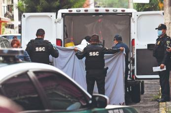 Mujer ve morir a su ex luego de que fue atacado por un desconocido, en la Ciudad de México