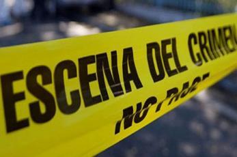 Descubren cuerpo de un hombre torturado y amordazado en la cajuela de un taxi en Morelos