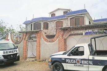 Tras denuncia anónima, catean casa y hallan enterrado el cuerpo de una mujer en Morelos
