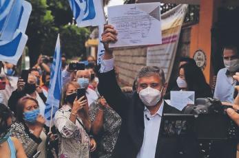 Reciben alcaldes y diputados sus constancias, tras elecciones en Morelos