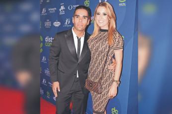 Stefanía Aranda, esposa de Emir Pabón continúa en terapia intensiva tras accidente en EU