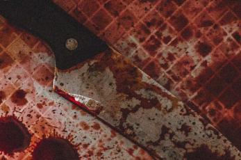 Joven asesina a menor de edad al encontrarlo con su exnovia en su casa, en la Ciudad de México