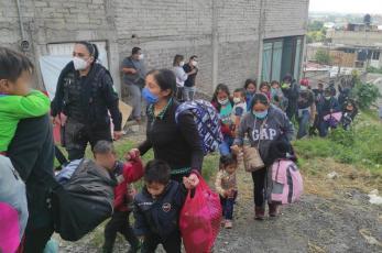 Rescatan a 42 indocumentados en La Paz del Edomex, la mayoría eran niños