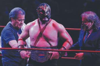 En pleno ascenso, el Hechicero es el nuevo campeón completo del CMLL