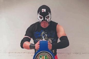 """""""No busco ser la estrella que espera México"""", nos dice el luchador Factor Miedo"""