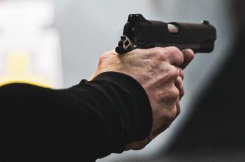 Joven que vendía en tianguis muere asesinado de dos balazos en la cabeza, en la GAM