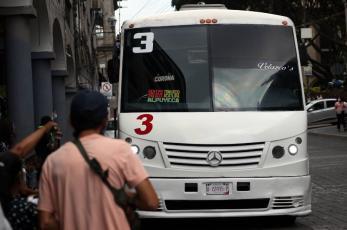 Transportistas en Morelos se oponen a dar descuentos a comunidad universitaria