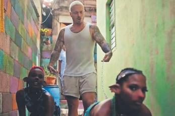 """YouTube retira el videoclip """"Perra"""" de J Balvin, por contenido misógino"""