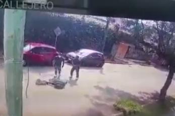 Video capta brutal asalto a una chica de prepa en Cuernavaca, le dispararon