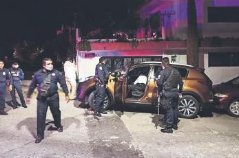 Automovilista agoniza acribillado frente a los ojos de varios desconocidos, en Naucalpan