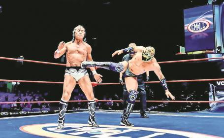 Titán aguanta la presión dentro del torneo la 'Leyenda de Plata', en la Arena México