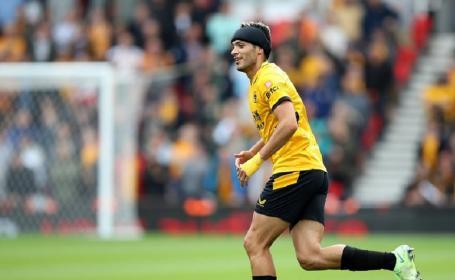 Raúl Jiménez volvió a anotar con Wolves en pretemporada