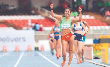 Sofía se llevó el oro en el Campeonato Mundial de Atletismo, gracias a sus padres